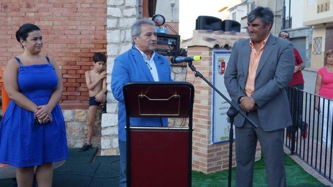 Rus junto a la diputada Oreto Segura y el alcalde de Estubeny