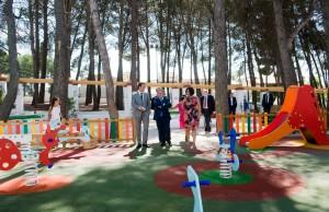 El presidente Rus en la inauguración de las obras del parque Rafael Duyos de San Antonio de Requena.